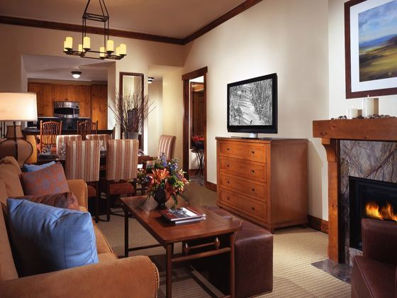 Stowe Mountain Lodge room