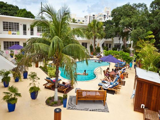 Tradewinds Apartments and Hotel pool