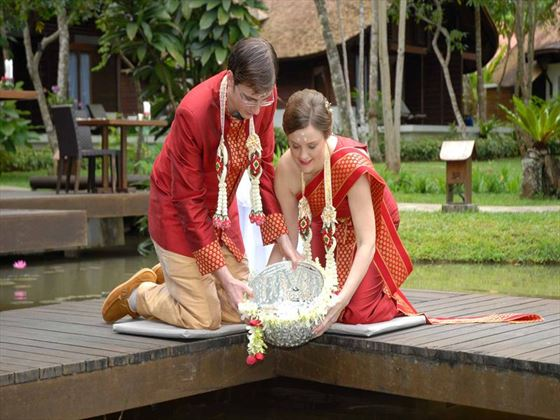 Thai wedding traditions at the The Tubkaak Boutique Resort
