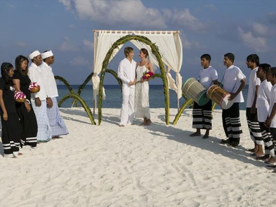 Renewing vows on Veligandu Island Resort & Spa