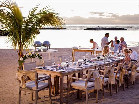 Family & friends gathering for a beach dinner, Veranda Pointe Aux Biches