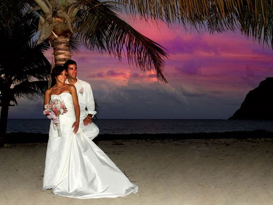 Sunset bride & groom