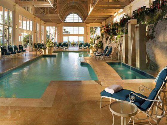 Willow Stream spa pool at Fairmont Southampton