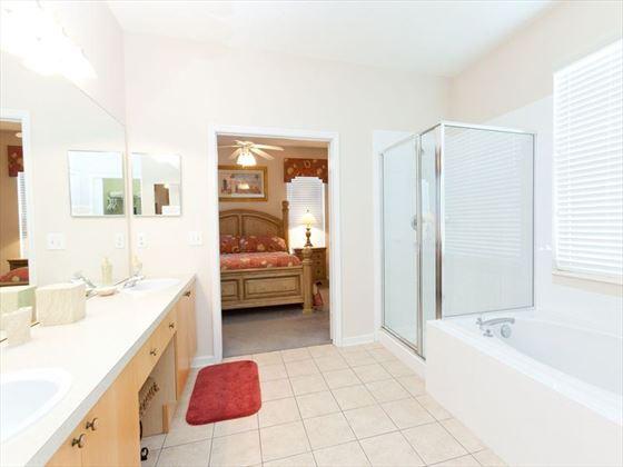 Windsor Palms Typical Bathroom-Bedroom