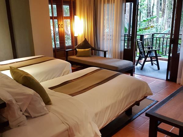 merlin khao lak thailand bedroom