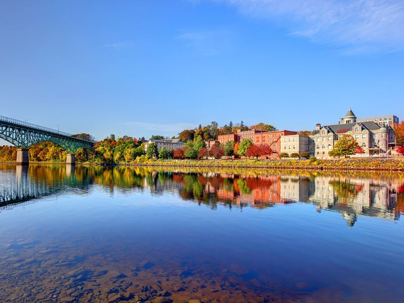 augusta maine in the fall