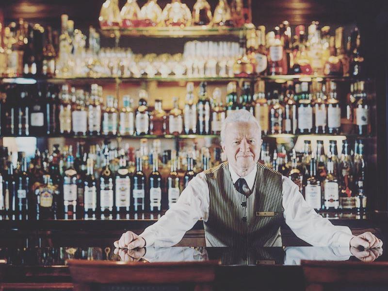 bartender at park hyatt toronto