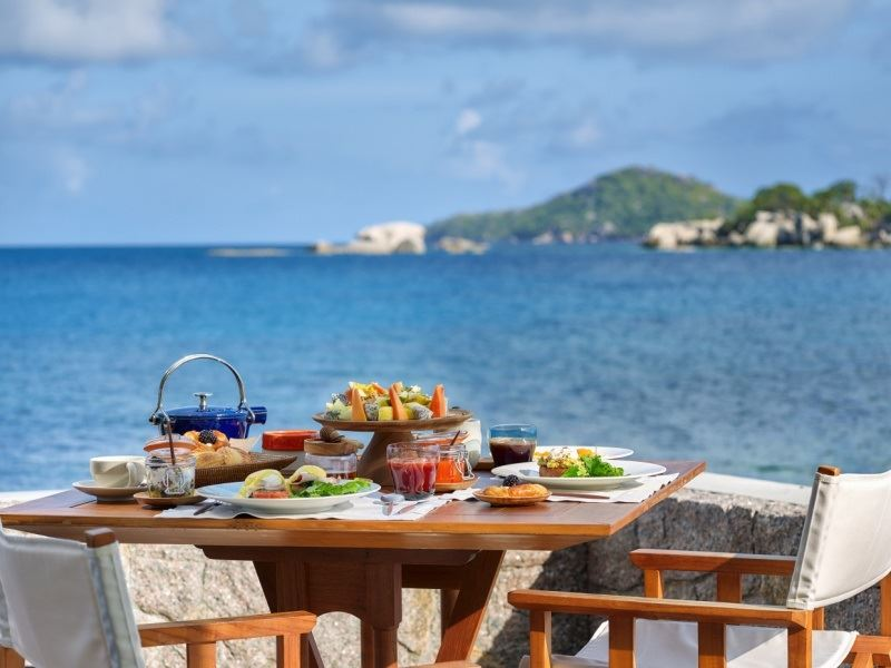 breakfast at ocean kitchen six senses zil pasyon