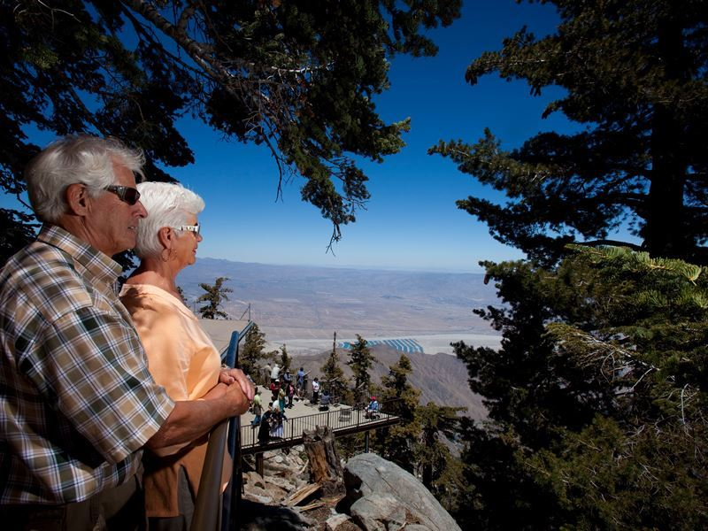 couple at palm springs aerial tramway