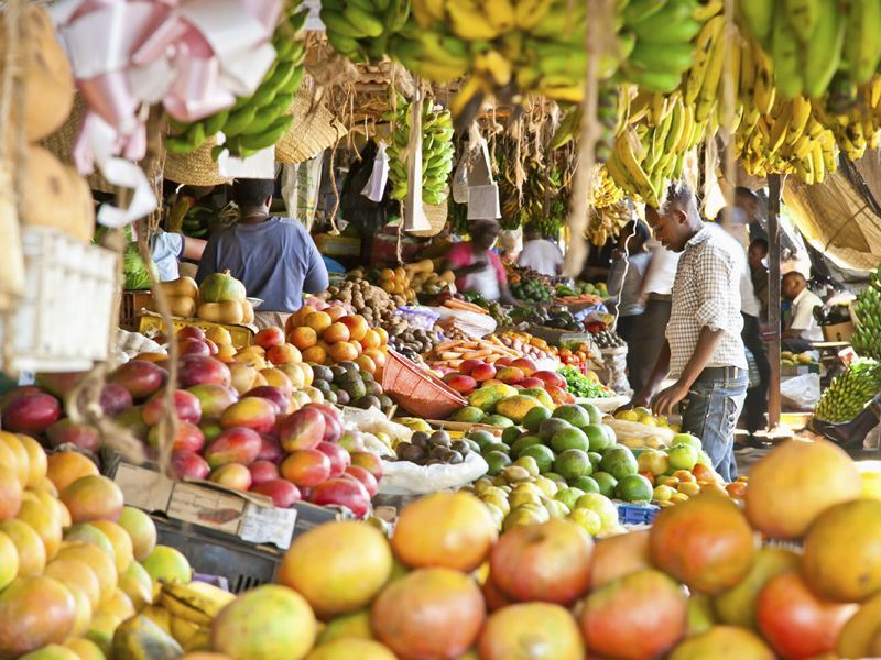 Fruit and veg market in Nairobi