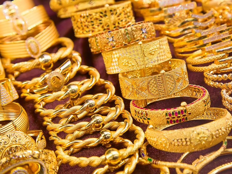 gold on sale at the golden souk dubai