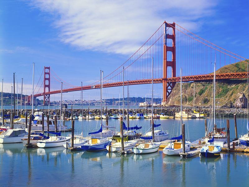 golden gate bridge and sail boats