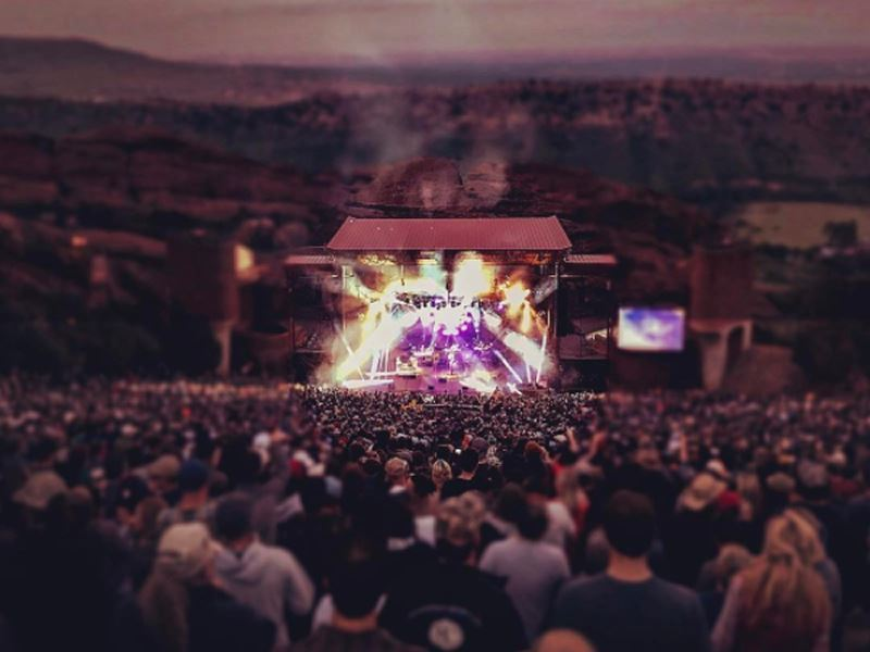 live concert at red rocks amphitheatre