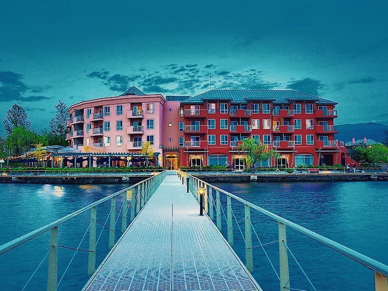 manteo resort waterfront hotel villas kelowna