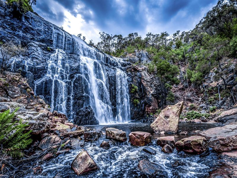 mckenzie falls in grampians national park