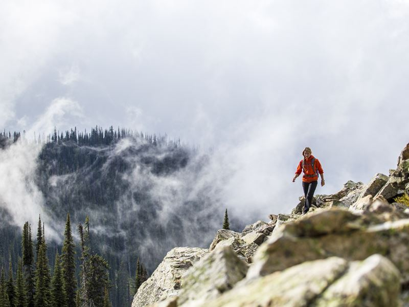 mount revelstoke hiking