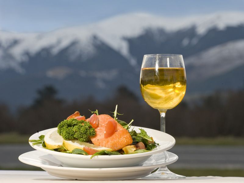 New Zealand salmon and wine, Southern Alps