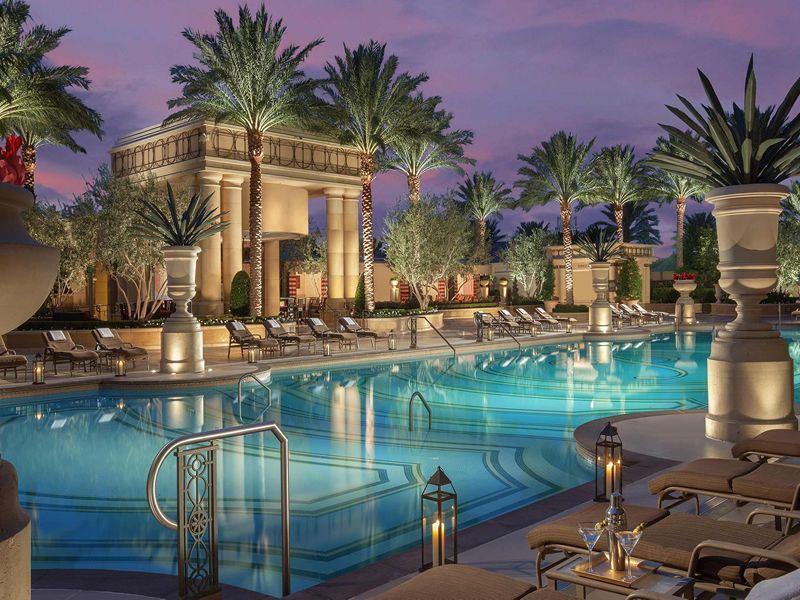 palazzo main pool