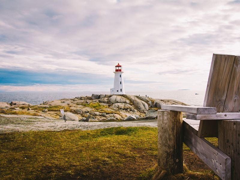 peggys cove lighthouse nova scotia