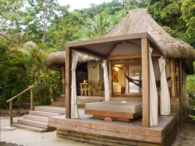 qamea resort honeymoon bure