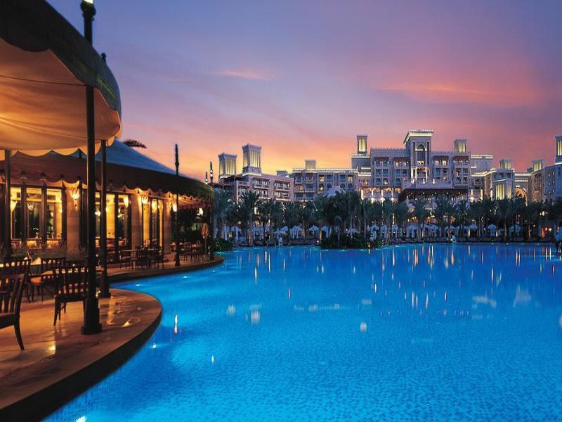 Spacious swimming pool within Al Qasr at Madinat Jumeirah