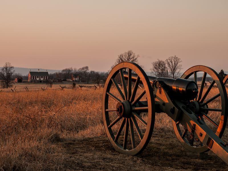sun fading over gettysburg