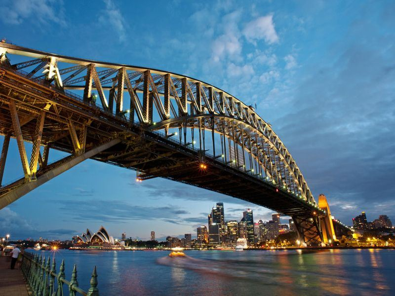 sydney harbour bridge   tourism australia